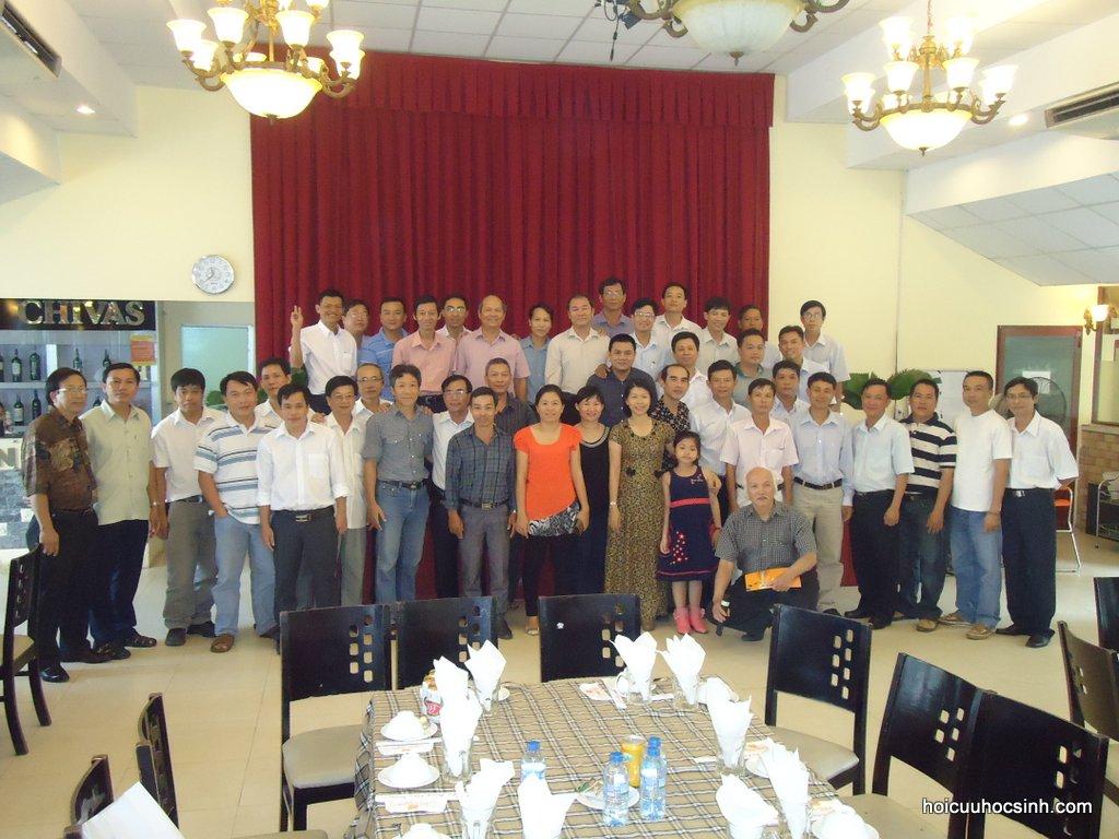 Đông Đô 2012